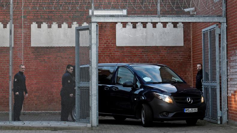 Puigdemont siegt vor deutschem Gericht: Nur Vorwurf der Untreue anerkannt