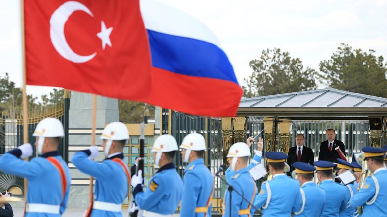 Allianz mit USA nicht mehr möglich: Türkei bevorzugt regionale Zusammenarbeit mit Russland