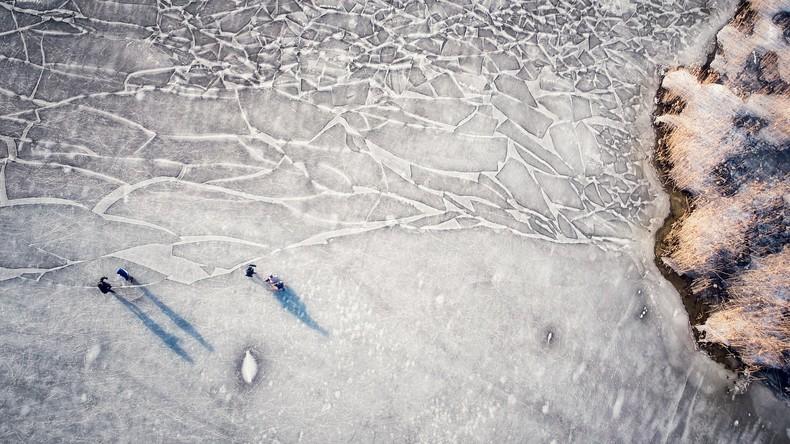 Rettungseinsatz in Estland – Über 100 Eisangler auf Peipussee gerettet