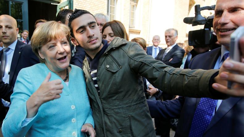 Selfie mit Merkel als Auslöser von Verleumdungen: Flüchtling erwägt neue Klage gegen Facebook