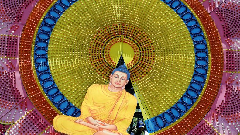 Sri Lanka: Tempel des Zahnes des Buddha in Kandy und der Baum