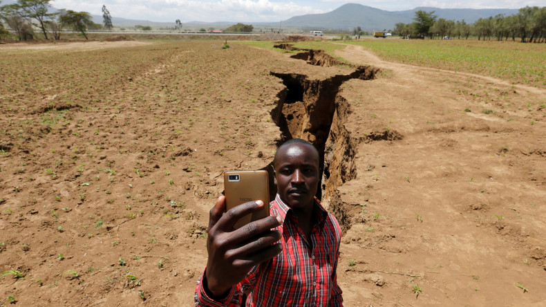 Boden in Kenia geht auseinander: Medien spekulieren über Auseinanderdriften Afrikas