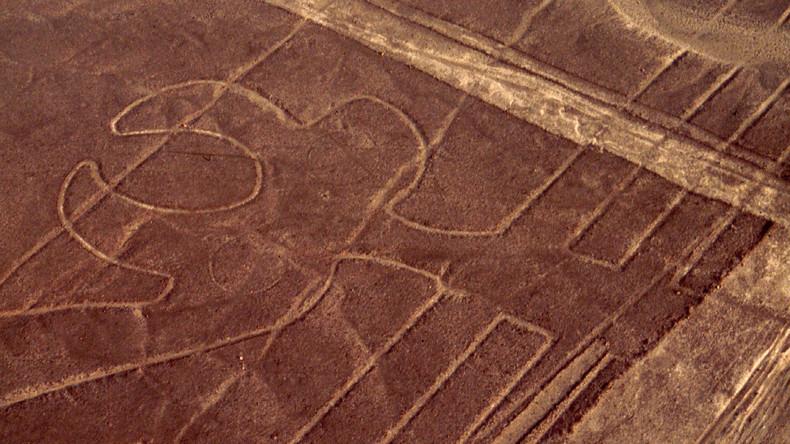 Botschaft an Aliens? Neue mysteriöse Erdzeichnungen in Peru entdeckt
