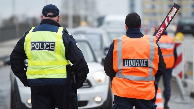 Um sie ausweisen zu können: Französische Polizei soll Geburtsdaten von Flüchtlingen gefälscht haben