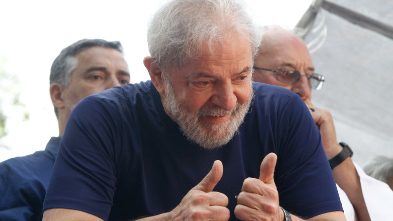 "Call Me By Your Name: 60 Kongressabgeordnete in Brasilien fügen ihren Namen ""Lula"" hinzu"