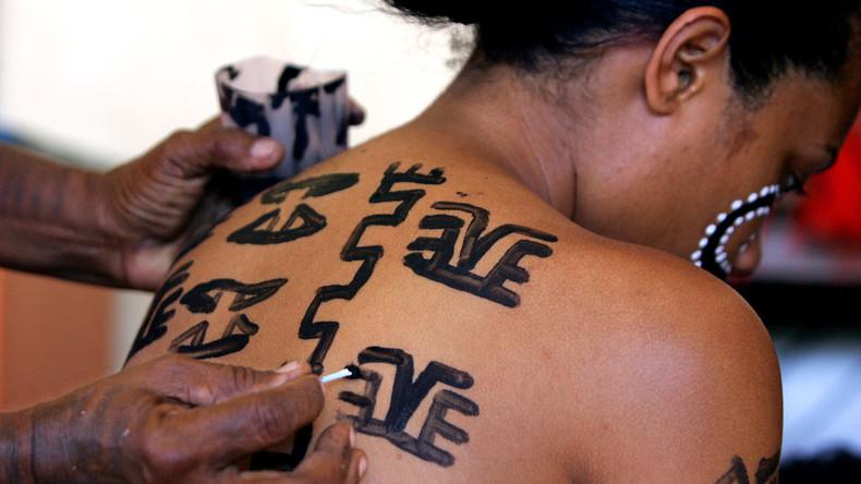 BBC gesteht: Dokumentarfilm über Korowai-Volksgruppe mit gestellten Aufnahmen angereichert