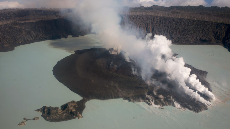 Pazifikinsel wegen Vulkanausbruchs evakuiert