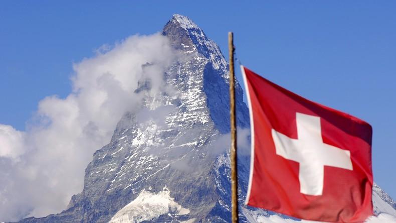 Schweizer Hotel fordert Juden auf, sich zu duschen