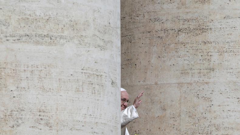 Papst empfängt Missbrauchsopfer aus Chile Ende April im Vatikan