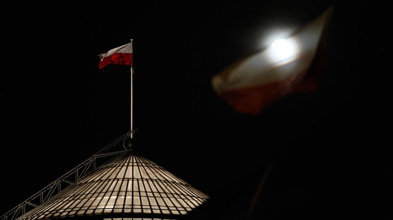 Polnischer Sejm verabschiedet umstrittenes Gesetz über Obersten Gerichtshof