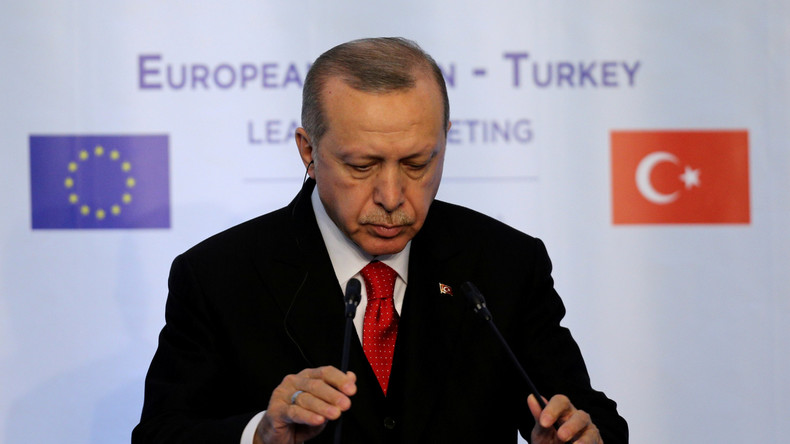 Türkei-Bericht der EU-Kommission: Scharfe Kritik, aber kein offizielles Aus für Beitrittsgespräche