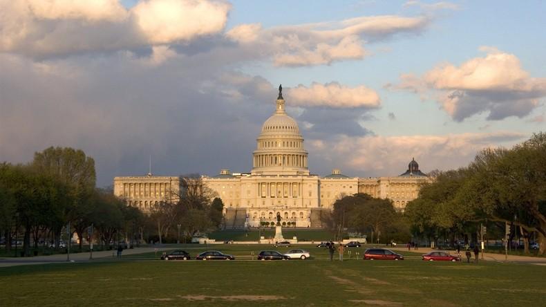 """US-Kongress sagt 4,6 Milliarden US-Dollar für """"Abschreckung"""" Russlands zu"""