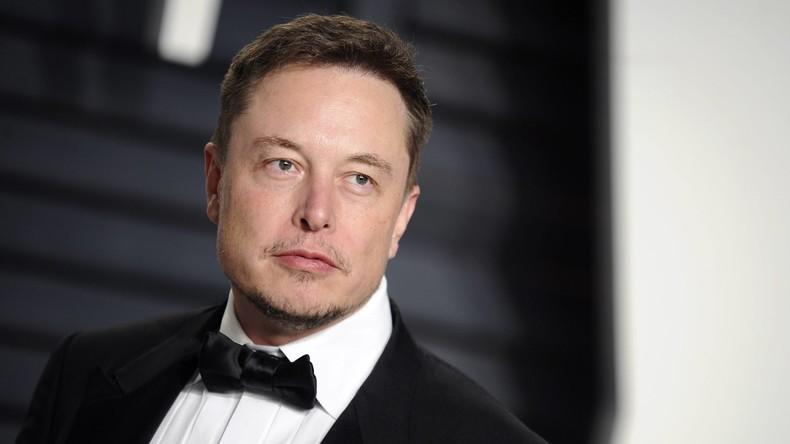 US-Milliardär Elon Musk beschwert sich über seine Couch, Fans starten Spendenkampagne für neues Sofa