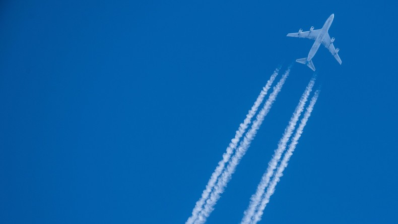 Im Stehen fliegen: Italienische Firma stellt Stehsitze für Flugzeuge vor