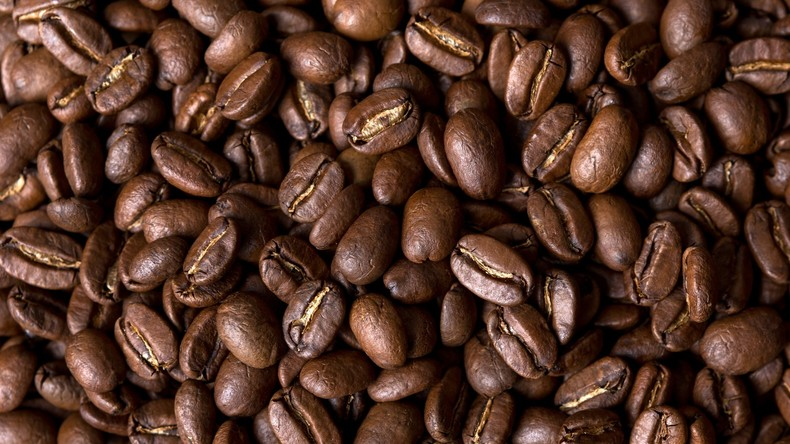 Kaffee versetzt mit Kohle aus verbrauchten Batterien in Vietnam beschlagnahmt