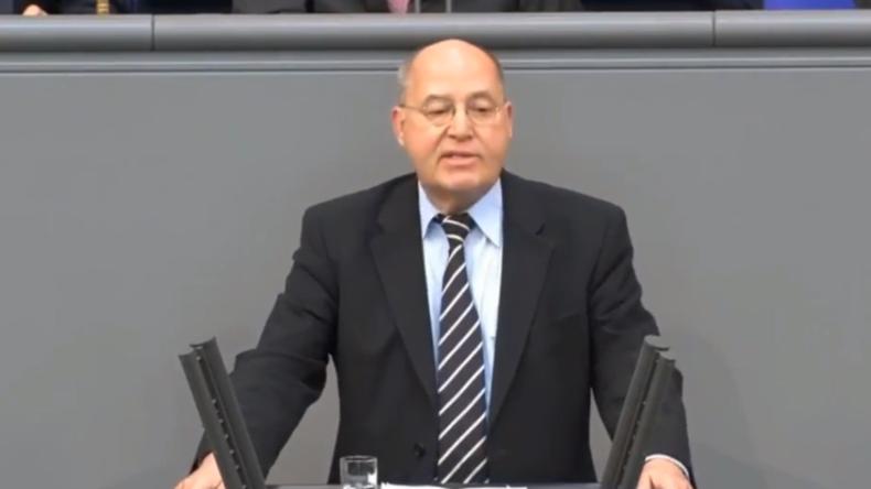 """""""Ohne Sinn und Verstand!"""" - Gysi rechnet mit """"US-höriger"""" Bundesregierung ab"""