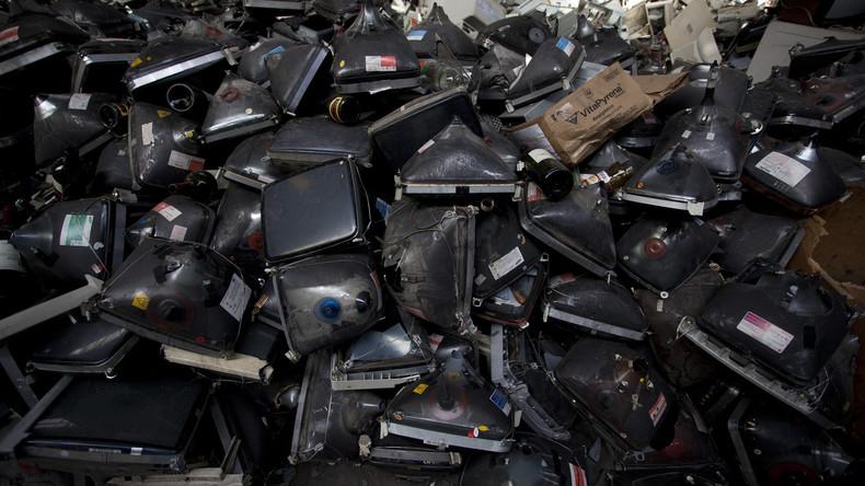 Tausende Tonnen Elektromüll jährlich in Gebrauchtwagen nach Nigeria verschifft