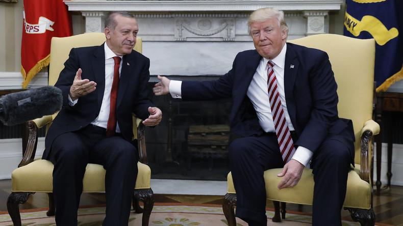 """""""Wir liefern euch keine F-35"""" - USA drohen Türkei wegen Kooperation mit Russland in Syrien"""