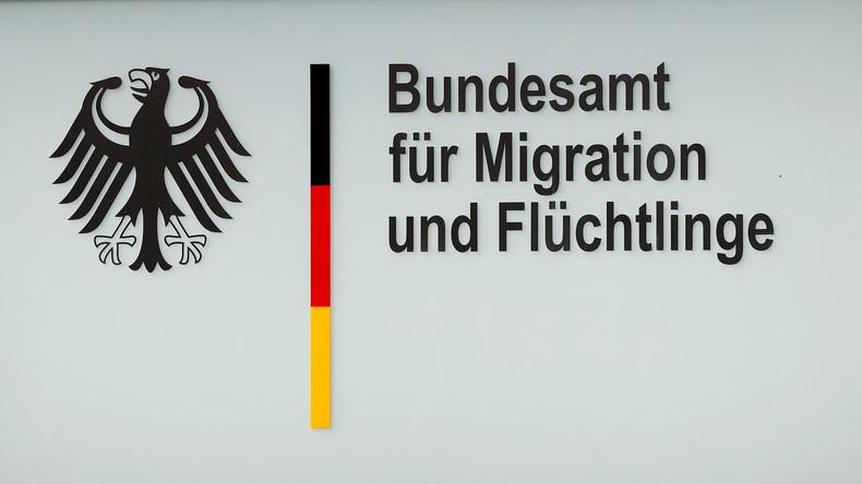 Asylanträge grundlos bewilligt: Ermittlungen gegen Ex-BAMF-Mitarbeiterin wegen Bestechlichkeit
