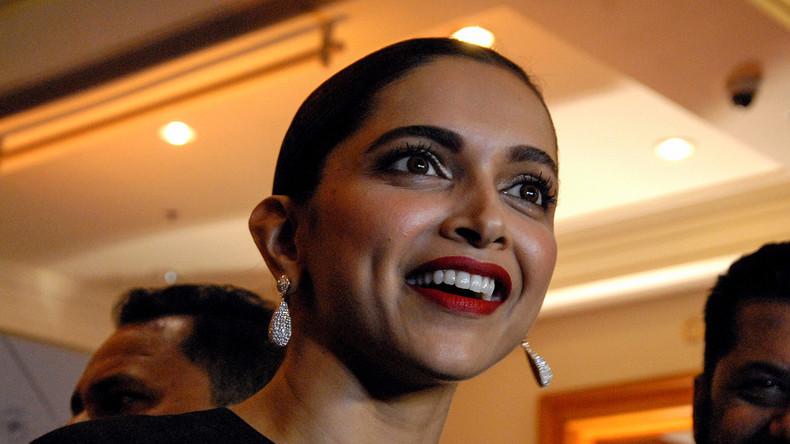 Gerücht um Bollywood-Film löst Ausschreitungen in Indien aus