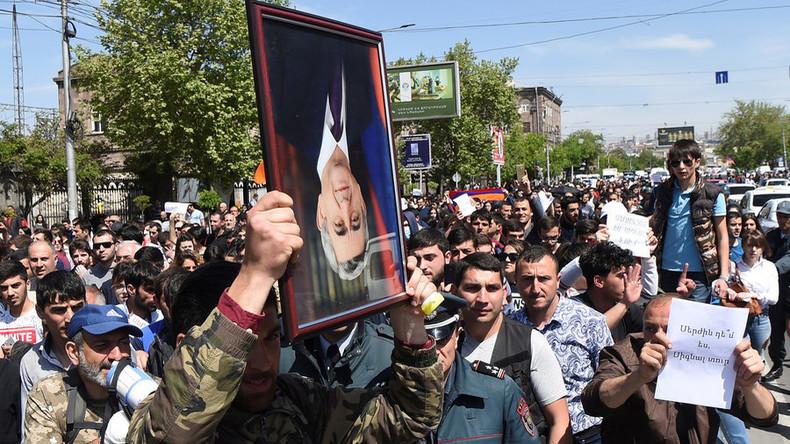 Mehr als 210 Demonstranten in Armenien festgenommen