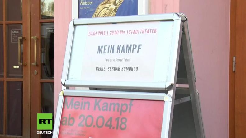 """Deutschland: Theaterpremiere von """"Mein Kampf"""" an Hitlers Geburtstag"""