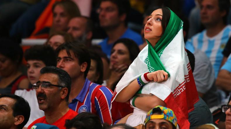 Iranische Gewichtheberinnen nehmen erstmals an internationalem Turnier teil