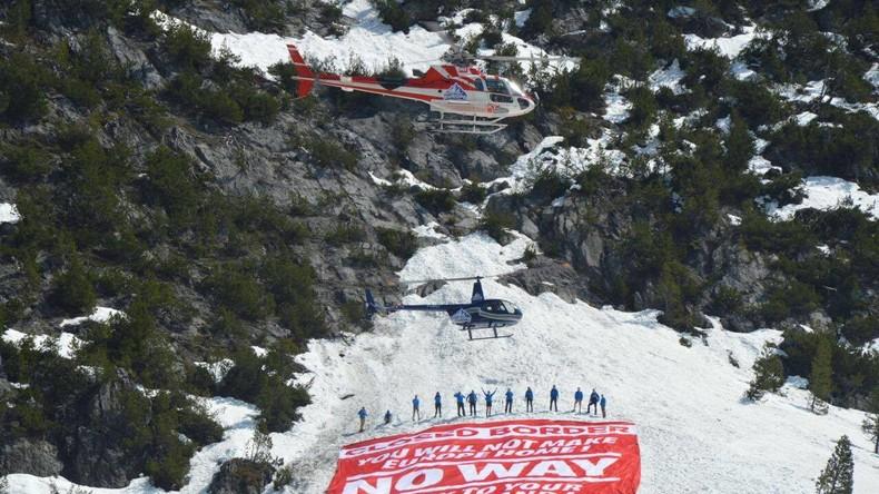 Eigener Grenzzaun und Luftüberwachung: Identitäre starten neue Aktion gegen illegale Migration