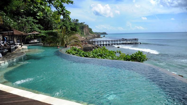 Urlaub unter Palmen auf Muttis Kosten: 12-Jähriger stiehlt Kreditkarte und reist allein nach Bali