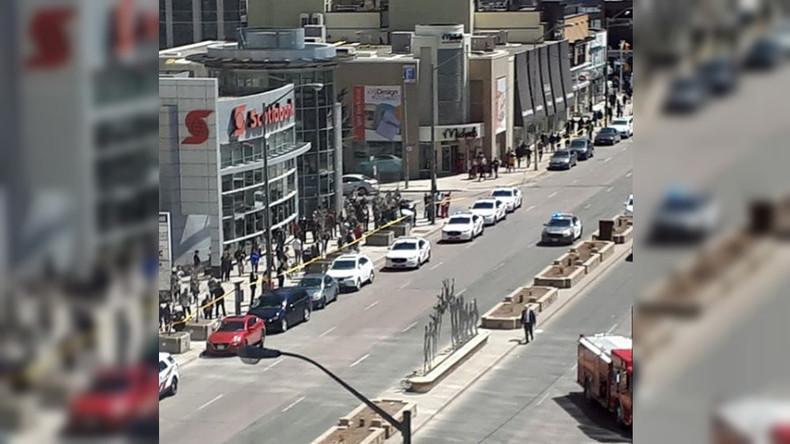 Toronto: Lieferwagen überfährt gut ein Dutzend Passanten - Zehn Tote, 15 Verletzte