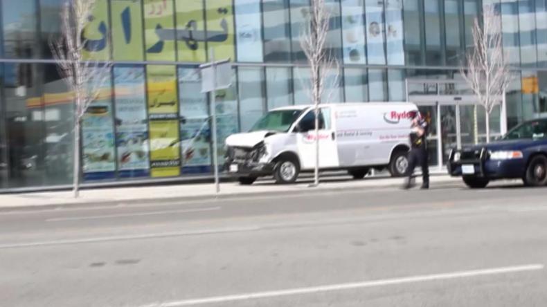 Toronto: Mann fährt mit Transporter Fußgänger nieder - zehn Tote und 15 Verletzte