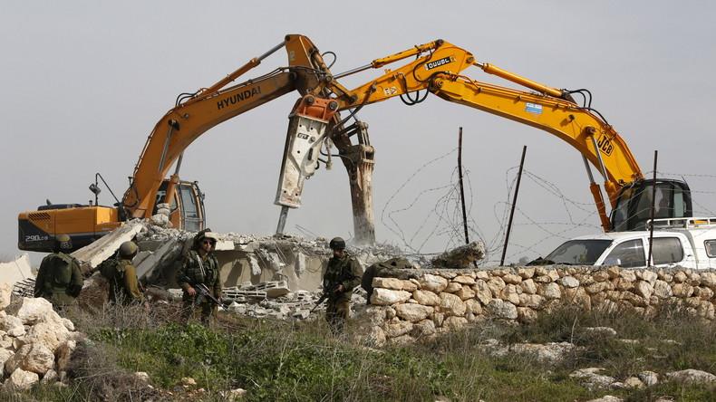 Israels Armee zerstört Haus von Palästinenser nach Anschlag auf Rabbiner