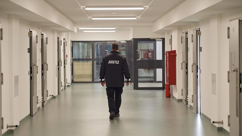 Bericht: Gefängnisse in allen Bundesländern überlastet