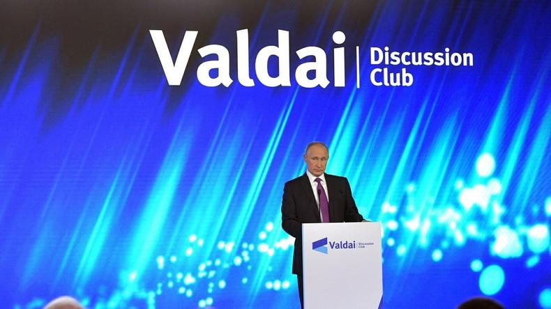 Russisch-chinesische Konferenz des internationalen Waldai-Klubs in Shanghai eröffnet