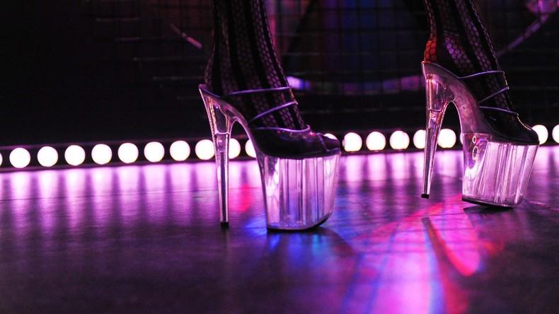 Von der Tanzstange zu einer Stange Geld: Ex-Stripperin erbt sechsstellige Summe von HBO-Manager