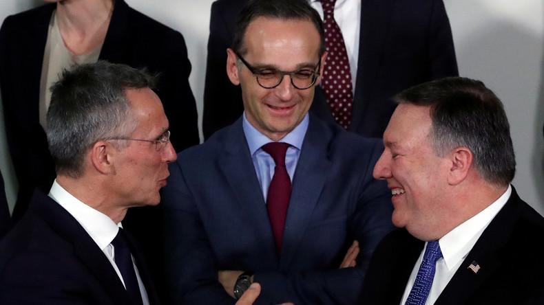 Bundesaußenminister Maas sagt NATO Erhöhung der Militärausgaben zu