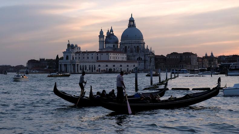 Venedig wappnet sich vor Feiertag - Drehkreuze sollen Touristenansturm dirigieren