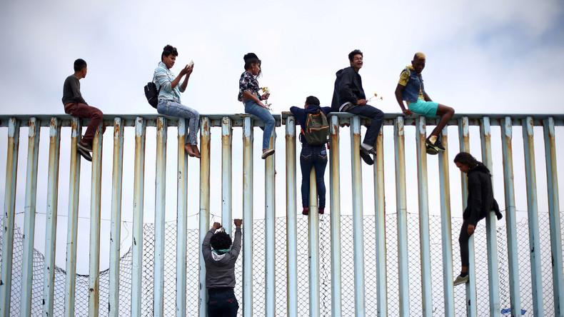 """""""Flüchtlingskarawane"""" erreicht US-Grenze - Donald Trump spricht von Bedrohung für die US-Amerikaner"""
