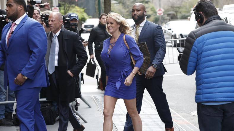 Pornostar Stormy Daniels verklagt Donald Trump wegen Verleumdung