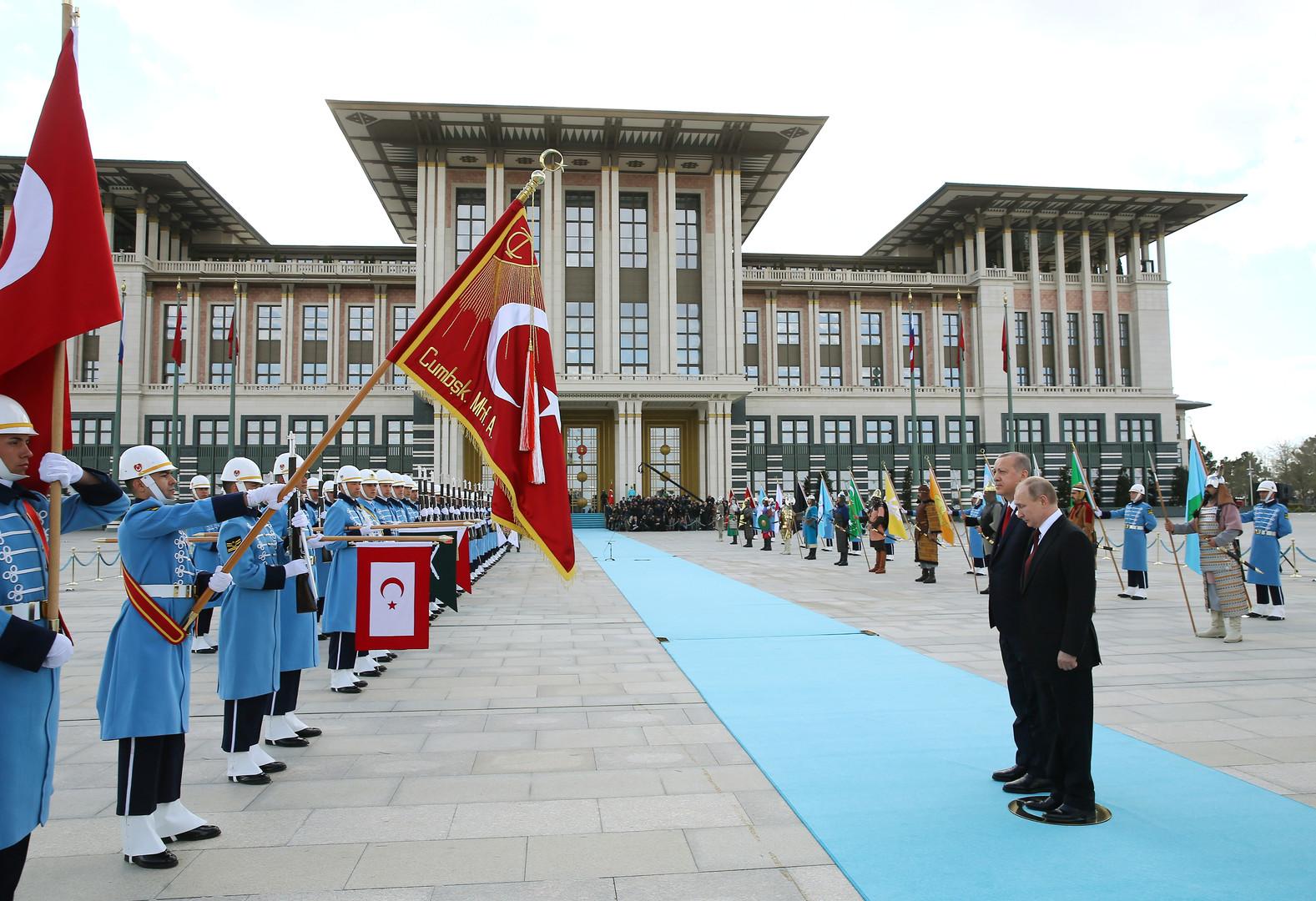Putin in Ankara: Russland und Türkei bauen strategische Kooperation in Wirtschaft und Militär aus