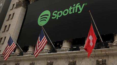 Fauxpas an der New Yorker Börse: Schwedens Spotify mit Schweizer Fahne begrüßt