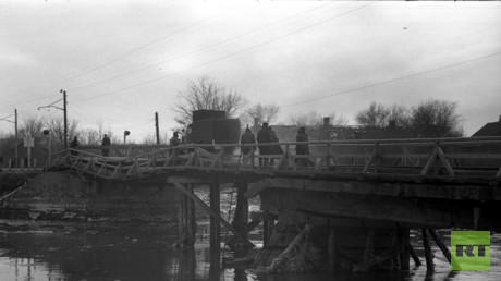 Konstantinowka (80 Kilometer nördlich von Donezk) im Winter 1941/42 zur Zeit der deutschen Besatzung. (Fotografiert vom Großvater des Autors, Dr. Victor Becker.)