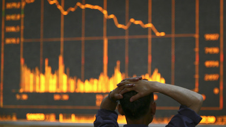 Zentralbanken auf der ganzen Welt versuchten, eine Schuldenkrise zu bekämpfen, indem sie mehr Schulden hinzufügten, so Wirtschaftsexperte Grass.