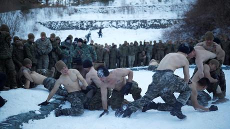 Südkoreanische und US-amerikanische Soldaten beim Militärdrill im Winter, 19. Dezember 2017.