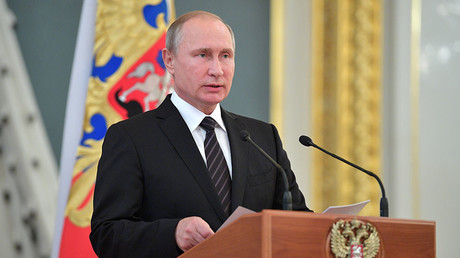 Putin: Welt wird chaotischer, aber wir hoffen, dass gesunder Menschenverstand Oberhand gewinnt