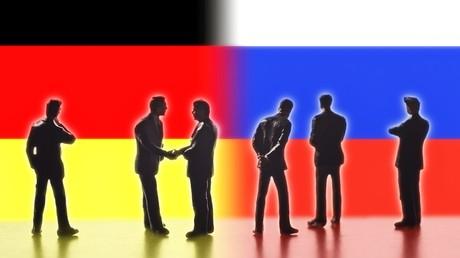 Deutsch-russische Beziehungen: Weiterhin voneinander abwenden oder wieder aufeinander zugehen? Autor Dr. Leo Ensel hält Letzteres für alternativlos.