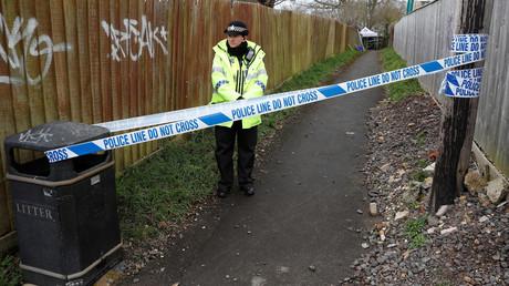 Salisbury: Nach dem Anschlag auf Sergej Skripal und dessen Tochter sperrte die Polizei Fußwege in der Nähe seines Wohnhauses ab.