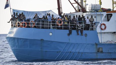 Das Schiff Luventa der deutschen NGO
