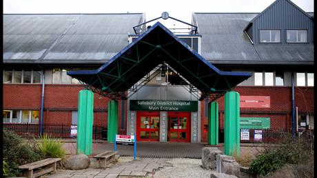 Der Eingang des Krankenhauses in Salisbury, wo Sergej Skripal noch immer liegen soll.