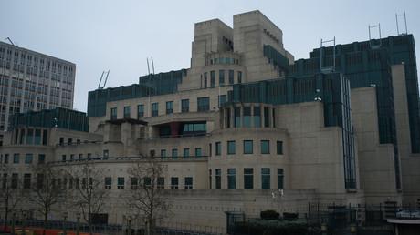 Das Hauptquartier des MI6 in London. Der britische Auslandsgeheimdienst war einst Sergej Skripals Arbeitgeber.